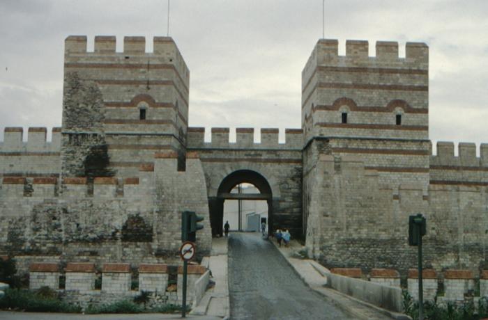 Istanbul, Theodosian Walls, gate